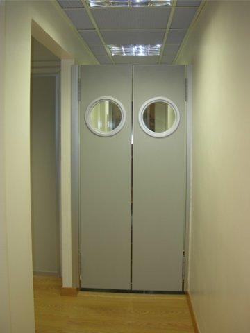 Porta va e vieni nec chiusure produce porte per tutte le situazione in massima sicurezza - Porte va e vieni per interni ...