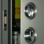 Porte scorrevoli in acciaio plastificato